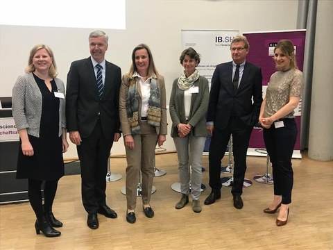 v.l.n.r. Dr. Anke Rasmus, Dr. Erk Westermann-Lammers, Prof. Dr. Karin Schwarz, Dr. Inez Linke, Dr. Bernd Buchholz, Eva Diederich